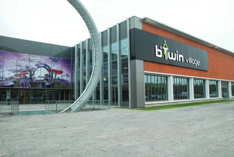 btwin village decathlon architecte1 123323 8dd28